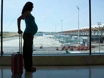 Можно ли летать во время беременности