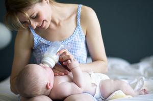 Позы для кормления грудью: топ-8 поз с фото и видео 16