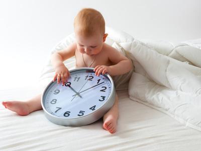 Распорядок дня для 8-месячного ребёнка, режим кормления, сна и прогулок в 8 месяцев