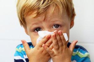 Признаки золотистого стафилококка в носу у ребенка