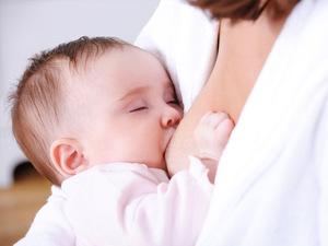 Как увеличить грудное молоко