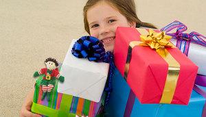 Что подарить девочке на 9 лет: оригинальные идеи
