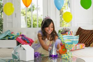 Подарки на день рождения девочкам